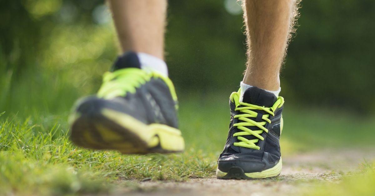 Runner landing on midfoot