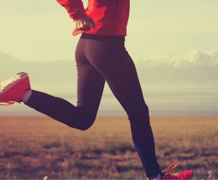 woman running overstriding heel strike